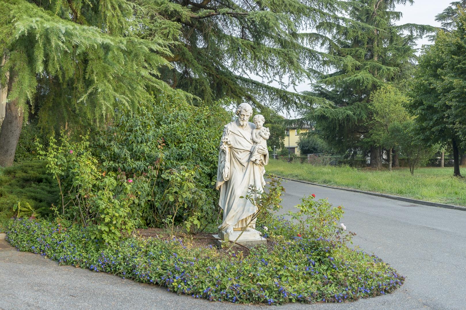 Giardino San Giuseppe  Mater Divinae Gratiae Brescia